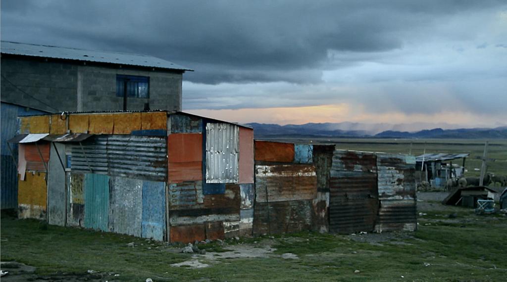 "MAPA Latin American Art Videojournée Landscape Video Art Cabaret Voltaire Ximena Garrido-Lecca, Still from ""Contours"", 2015"